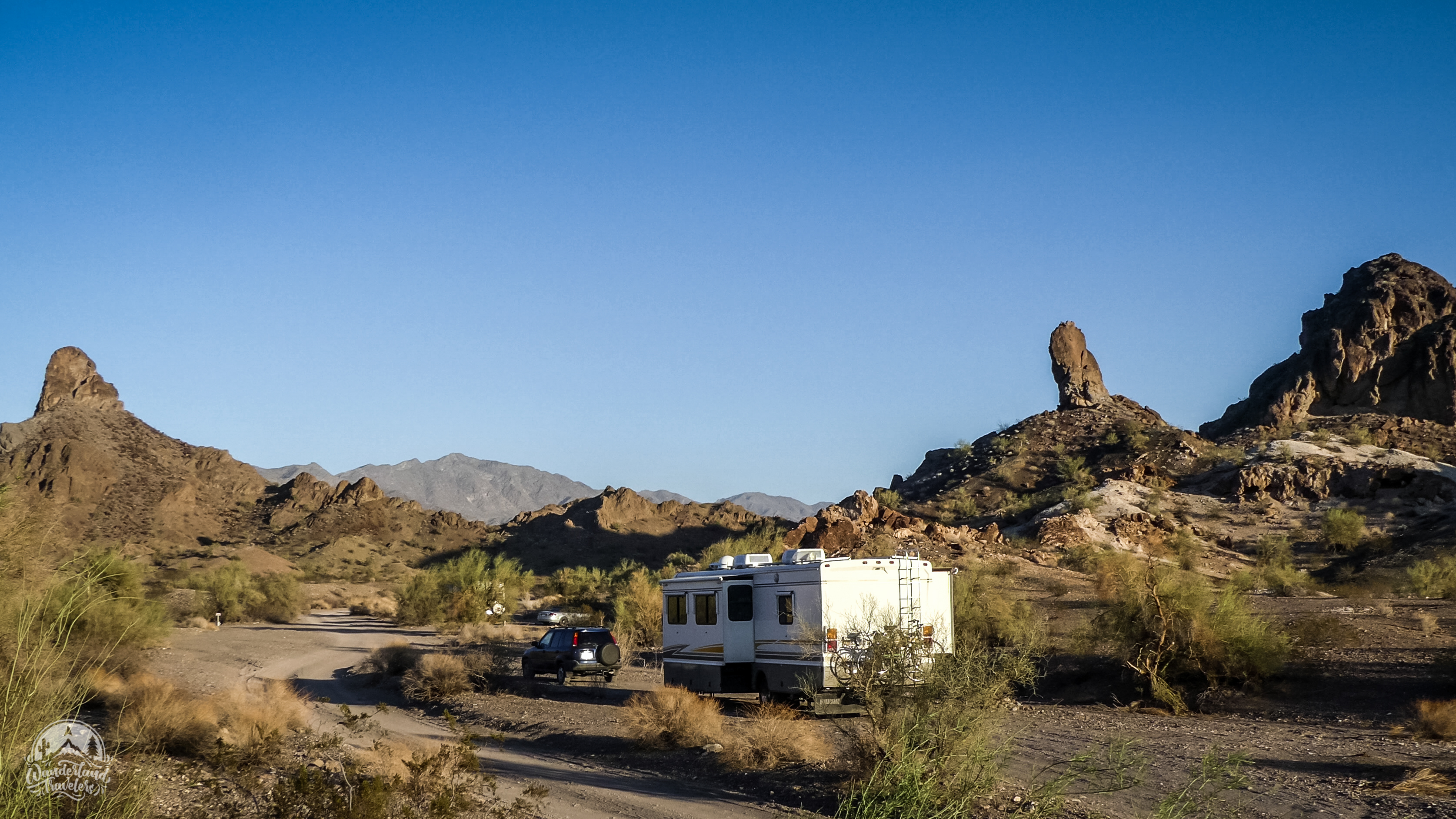 Boondocking at Craggy Wash: Lake Havasu